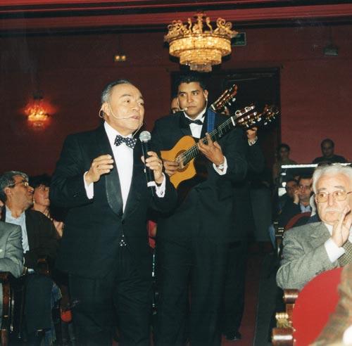 Con Rafael Basurto, la gran voz de Los Panchos, en el Teatro Infanta Isabel de Madrid